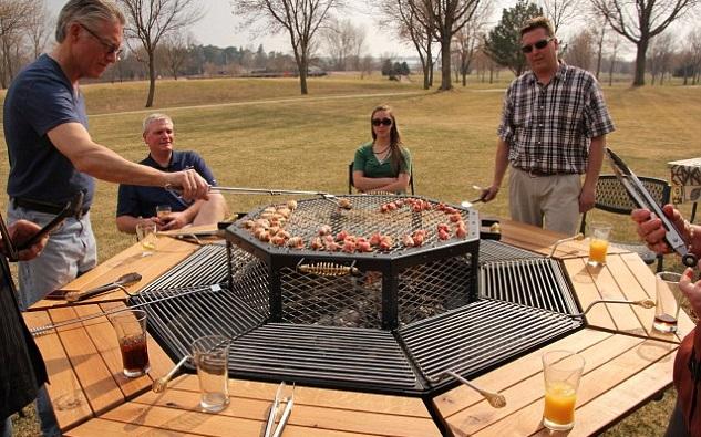 Come realizzare un bruciatore per il barbecue fatto in casa nuova cucina organizzata - Barbecue in casa ...